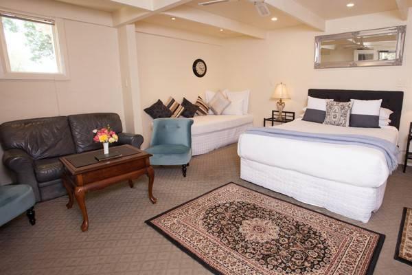 Eucalyptus Queen Suite